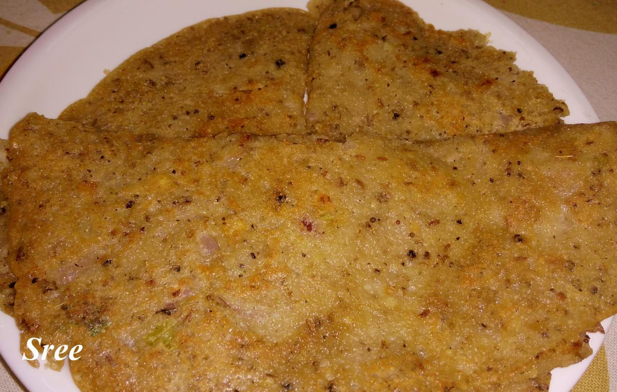 Instant and crispy Sooji Cheela (Without Curd and Fermentation)